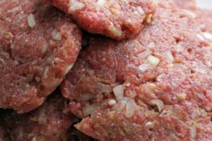 surovo meso za pse